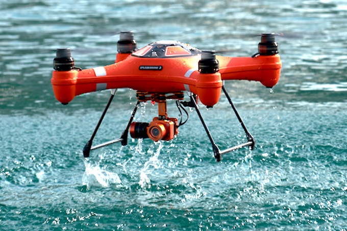 Splash Drone 3 – Amphibious Drone With a New 4K Camera