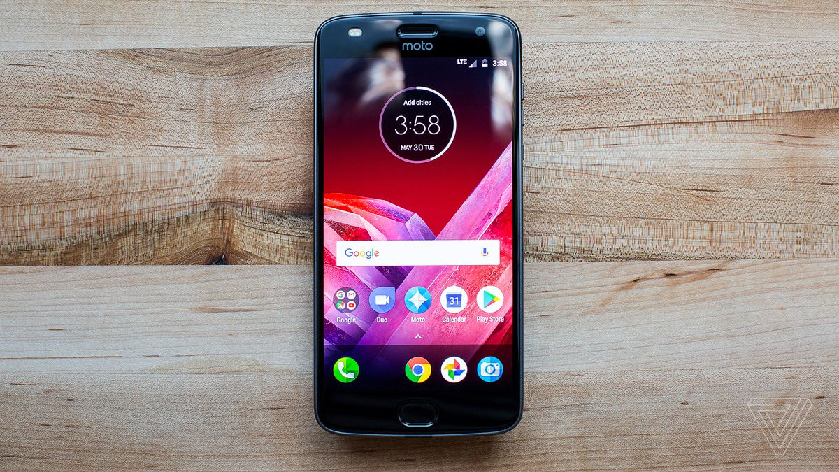 Motorola Moto Z2 Play – Pre-orders Starts Now