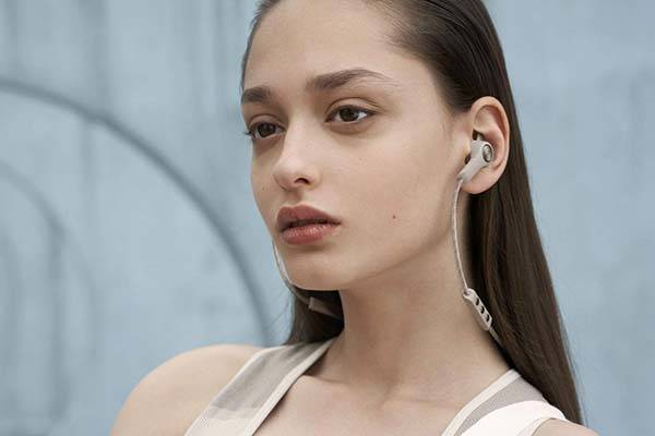 Bang & Olufsen has announced a set of earphones in the form of the Beoplay E6